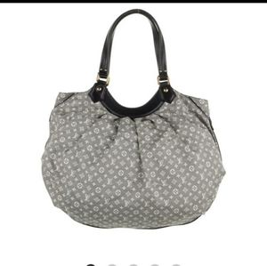 💥💥COMING SOON 💥💥Louis Vuitton handbag
